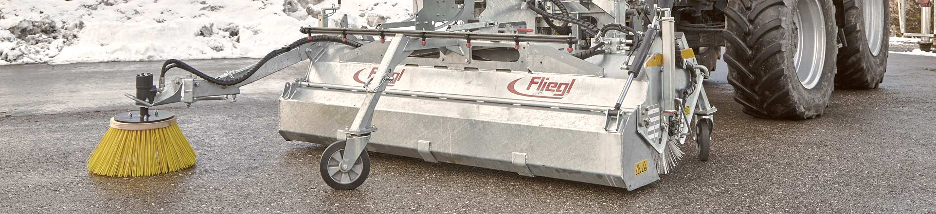 Fliegl sweeper machines